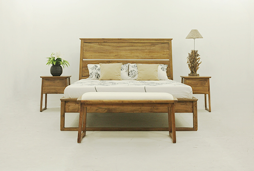 Solidteak-furniture