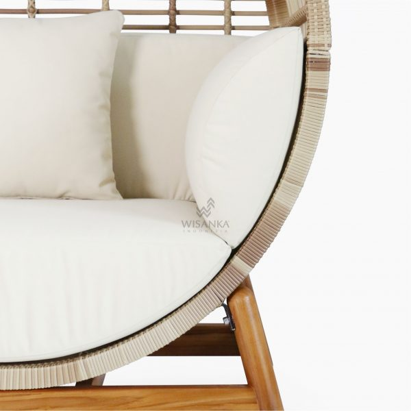Orza Daybed - Outdoor Rattan Garden Patio Furniture front